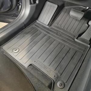 Комплект резиновых ковриков в салон автомобиля Hyundai Tucson (NX4) (2021-...) с перемычкой (1009394)