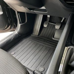 Водительский резиновый коврик Skoda Octavia (A8) 2020- (1020254 ПЛ)