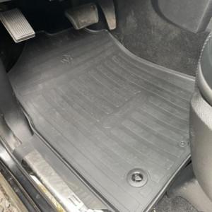 Передние автомобильные резиновые коврики Dodge Ram 1500 (Crew cab) (2009 - 2018) (special design 2017) (1053062)
